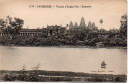 CAMBODGE : Temple D' ANGKOR VAT  Ensemble - Non Voyagée - TBE - Cambodia