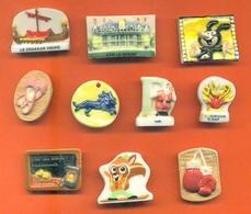 Lot De 10 Feves Porcelaine Plates Diverses - Charms
