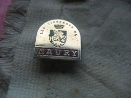 Pin's Des Vignerons De MAURY (Dépt 66) - Bevande