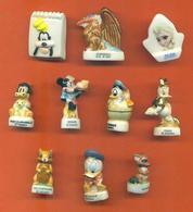 Lot De 10 Feves Porcelaine 3D Disney Diverses - Disney