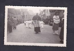 Carte Photo à Situer ( Ss Doute Allemagne ) Religion Procession Pretre Communiants ? - Christianity