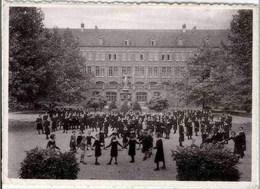 KAIN - Religieuses De La Ste Union Des SS. CC. - Pensionnat Et Ecole Normale - Cour De Jeux - Tournai