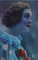 CPA Fantaisie - Femme - Frau - Lady - Portrait - Femmes