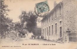 Le Valbeleix      L Ecole - France