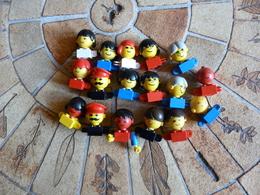 LEGO 26 Personnages  Figurines Année 70 - Figures