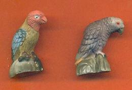 Lot De 2 Feves De La Serie Les Perroquets 2005 Mat - Animals