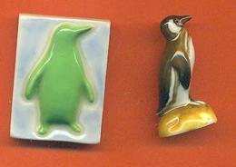 Lot De 2 Feves De La Serie Les Pingouins 1 2002 - Animals