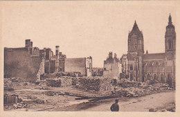 Manche Coutances L église Saint Pierre Ruines De La Guerre 1940 éditeur Cap N°9 - Coutances