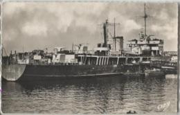 CPSM - LORIENT - PATROUILLEUR Au Port De Guerre - EditionArtaud Gaby - Guerre