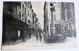 CPA 06 Antibes Personnages Rue De L'hôtel De Ville Magasin A Notre Dame Et Chaussures - Antibes