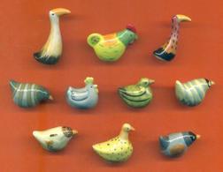 Série Complète De 10 Feves Les Poules - Animals