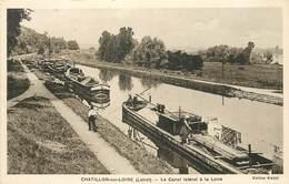 CHATILLON SUR LOIRE - Le Canal Et Les Péniches. - Embarcaciones