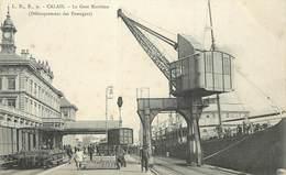 CALAIS - La Gare Maritime,débarquement Des Passagers. - Calais