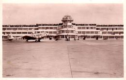 Lot De 2 CPSM Aérogare Du Bourget-Dugny Partie Centrale Sur Piste (Arch. Labro) & Avion Héracles Imperial Airways - Aerodromes