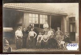1401CARTE PHOTO FORGERON GROUPE A IDENTIFIER TTB - Cartoline