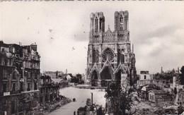 Reims, Marne, La Cathedrale Apres Le Bombardement 1914-18 (pk50811) - Reims