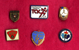 #31983 Lot Of 6 Old Pins / Badges [1] - Jewels & Clocks