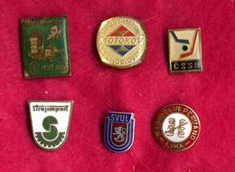 #31985 Lot Of 6 Old Pins / Badges [3] - Jewels & Clocks