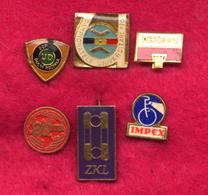 #31988 Lot Of 6 Old Pins / Badges [6] - Jewels & Clocks