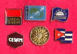 #31998 Lot Of 6 Old Pins / Badges [9] - Jewels & Clocks