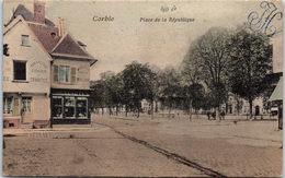 80 CORBIE - Un Coin De La Place De La République - Corbie