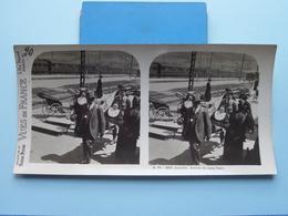 LOURDES : Arrivée Du Train Blanc : S. 79 - 3827 ( Maison De La Bonne Presse VUES De FRANCE ) Stereo Photo - Photos Stéréoscopiques
