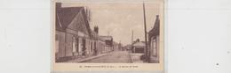 TREMBLAY LE VICOMTE  Bureau De Poste - Autres Communes