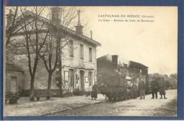 CASTELNAU DE MEDOC LA GARE ARRIVEE DU TRAIN DE BORDEAUX - France