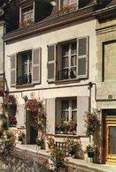 37 - LOCHES - Hôtel Du Château. Façade Sur La Rue - Loches
