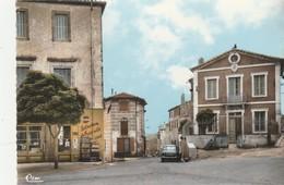 CPSM  11 BAGES PLACE DE LA MAIRIE PANHARD EPICERIE - Unclassified