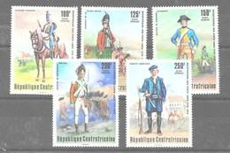 Serie De República Cenrtroafricana Nº Yvert A-143/47 **  UNIFORMES MILITARES (MILITARY UNIFORMS) - República Centroafricana