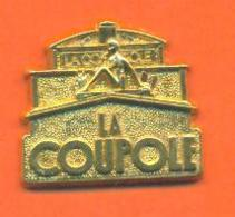 Fève Metal Doré Personnalisée Restaurant La Coupole 1990 - Regions