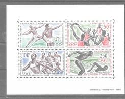 Hoja Bloque De República Centroafricana Nº Yvert HB-2 **  DEPORTES (SPORTS) - República Centroafricana
