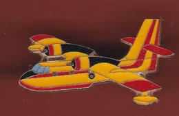 54758-Pin's.Avion.canadair.pompier.... - Avions