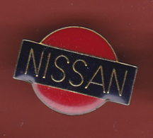 54762-Pin's.Nissan.automobile.. - Badges