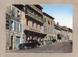 CPSM Dentelée - LONGCHAUMOIS (39) - Aspect De L'Hostellerie Franc-Comtoise De La Grande Rue Et De La Voiture 203 Peugeot - France