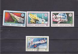 Mongolie 1975 Oblitéré  Poste Aérienne  N° 66/69  Espace.  Coopération Spatiale URSS-USA - Mongolie