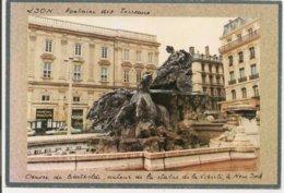 L150B_1142 - Lyon - Fontaine Des Terreaux - Oeuvre De Bartholdi ... - Lyon