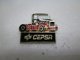 PIN'S    CAMION  MAN  CEPSA RETTO Carburant - Badges