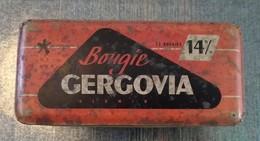 GERGOVIA ALUMIN RARE ANCIENNE BOITE EN METAL BOUGIES TYPE 714 X - Voitures