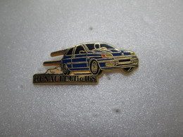 PIN'S     RENAULT   Clio 16 S   Arthus Bertrand - Renault