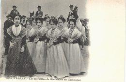 Carte Postale Ancienne De  ARLES - Les Mireilles De Ste Marie En Camargue - Arles
