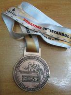 AC - VODAFONE 35th INTERCONTINENTAL ISTANBUL EURASIA MARATHON 17 NOVEMBER 2013 BRONZE MEDALLION - MEDAL - Athlétisme