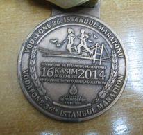 AC - VODAFONE 36th INTERCONTINENTAL ISTANBUL EURASIA MARATHON 16 NOVEMBER 2014 BRONZE MEDALLION - MEDAL - Athlétisme