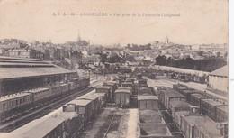ANGOULEME VUE PRISE DE LA PASSERELLE CHAIGNAUD TRAINS WAGONS  TAMPON MILITAIRE AU DOS 2 SCANS  ACHAT IMMEDIAT - Angouleme