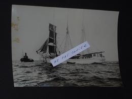 Photo De Saint Malo, Départ D'un Terreneuvas, Années 30. Photographie Rod Rieder - Saint Malo