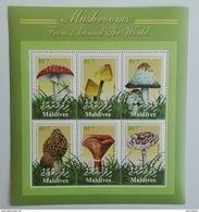 Maldives 2001** Klb.3693-98. Mushrooms From Around The World MNH [10;13] - Mushrooms