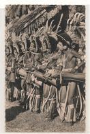 Papouasie - Nouvelle Guinee -  Danseurs Battant Du Tambour Et Chantant - CPSM° - Papua New Guinea