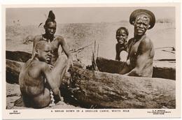 SOUDAN, Ethnique - A Break Down In A Shulluk Canoe, White Nile - G.N. Morhig, Khartoum - Sudan