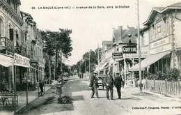 LA BAULE  =  Avenue De La Gare Vers La Station  79 - La Baule-Escoublac
